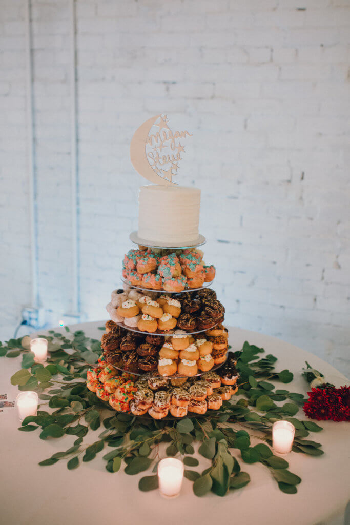 Events by special moments- Florida wedding planner- tattooed wedding – rose gold- vegetarian wedding -vegan wedding cake - mini doughnutsjpg