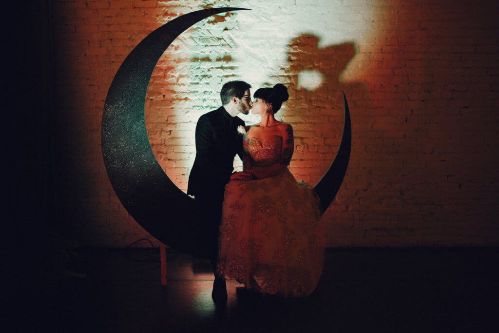 Events by special moments- Florida wedding planner- tattooed wedding – rose gold- vegetarian wedding -vintage moon bench