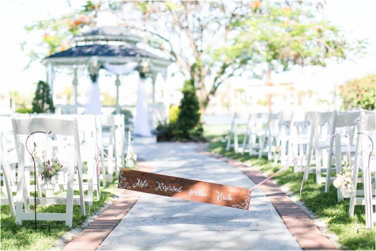 Special Moments Event Planning – Tampa Wedding Planner – Davis Island Garden Club – Davis Island Garden Club Wedding -outdoor wedding ceremony