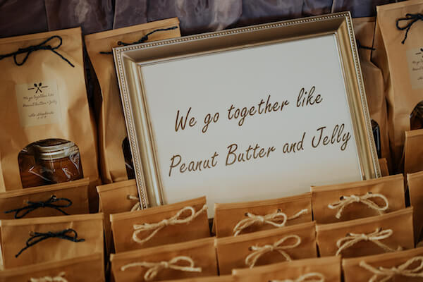 St Petersburg wedding planner – events by special moments – gulf coast wedding planner -wedding favor- peanut butter and jelly