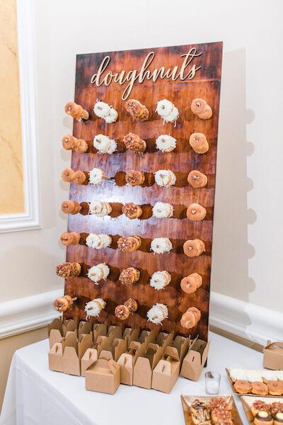 Innisbrook Resort wedding – Palm Harbor wedding – doughnut wall