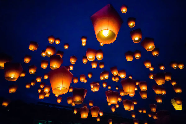 As much as our Special Moments Event Planning team loves the scene in Tangled where Rapunzel sees all of the sky lanterns taking off, some things only happen in fairytales.  The truth is that most municipalities and wedding venues do not allow the launch of sky lanterns because of the risk of fire. They are free floating and can set fields and trees on fire, especially in areas with considerable amounts of hanging Spanish moss.  Another favorite wedding release item that might soon be a thing of the past are balloons. In the Tampa Bay / Sarasota areas, there are several challenges.  Sarasota weddings at venues such as Powel Crosley and The Ringling that are right by the Sarasota Airport and it is very unsafe to release balloons with planes landing and taking off.  In downtown Tampa releasing balloons is a no-no because of the number of tall skyscrapers, while over on the beach you can be on a direct flight path for airplanes.  Recently several states have begun banning the release of balloons. Critics say the helium-filled balloons pollute the environment and threaten birds and other wildlife when they fall to earth.   Here in In Florida, if ten or more balloons are released at once, it could lead to a $250 fine.  Arizona, Connecticut, Massachusetts, New Hampshire, New Jersey, New York and Rhode Island, and Maine are considering legislation, joining California, Connecticut, Florida, Tennessee and Virginia which already have laws that ban or restrict balloon launches.  We are finding that because of many of these restrictions couples are choosing fun colorful options like ribbon wands, sparklers, pop up streamers and glow sticks as beautiful options for Grand Exits.  Be sure to check with your wedding venue regarding their rules and regulations in these areas, and our Special Moments Event Planning team is happy to work with you in creative options for your wedding day.