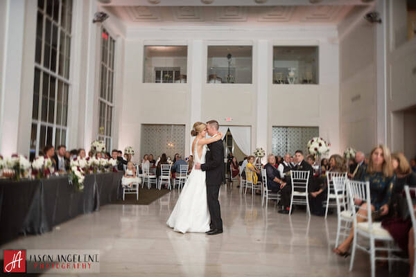 The Vault – Tampa Wedding Venue – Tampa Wedding Planner - first dance