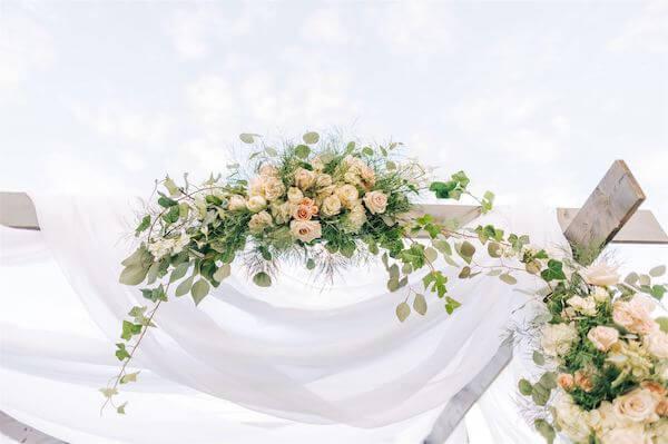 St Pete wedding – St Petersburg wedding planner – St Petersburg shuffleboard club wedding - chuppah decor