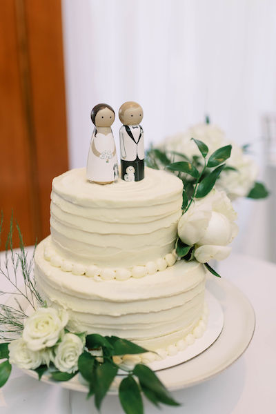 wedding cake - custom wedding cake toppers - St Petersburg wedding - St Petersburg wedding planner