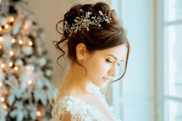 Special Moments Event Planning - 2020 wedding trends - Tampa Bay weddings planner - loose updo