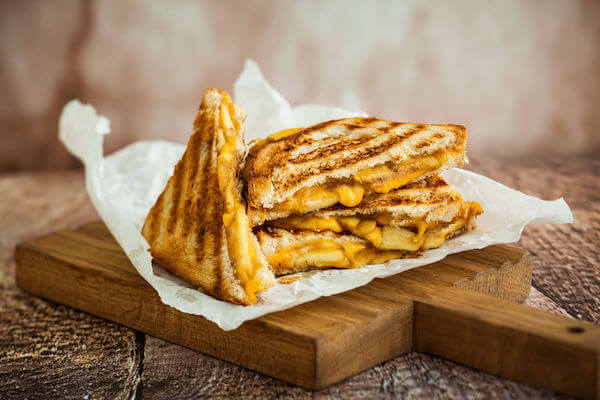 Special Moments Event Planning - 2020 wedding trends - Tampa Bay weddings planner - grilled cheese sandwiches