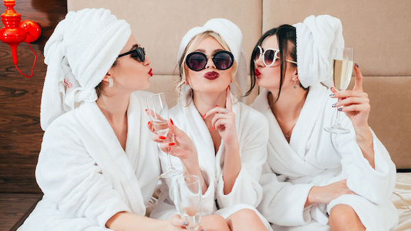 Special Moments Event Planning. – Tampa weddings – weddings after COVID 19 - bachelorette party - bride with bridal party at the spa