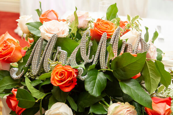 peach and white wedding decor - Mr and Mrs sign - sweetheart table peach roses