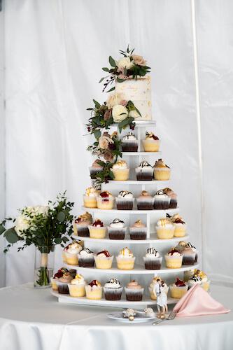 Saint Pete Beach wedding reception - wedding cake - wedding cupcakes - cupcake tower for wedding - naked wedding cake - asked wedding cake with gold foil - Sirata Beach Resort wedding reception