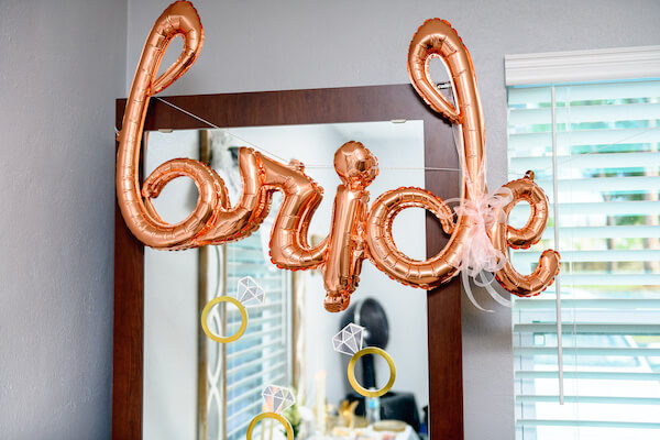 engagement ring décorations dan bride balloons decorated the hair salon