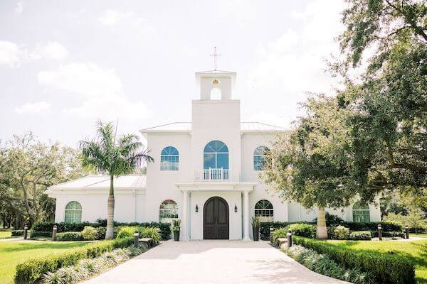 Front view of the elegant Harborside Chapel in Safety Harbor Florida
