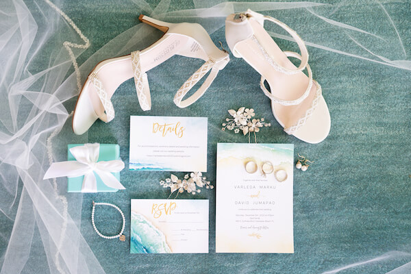 beach themed wedding invitations with brides accessories