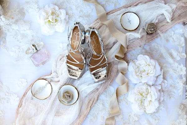 flatly photos of brides wedding accessories