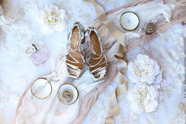 flatly photos of brides wedding accessories