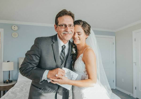 father of the bride with his daughter on her wedding day