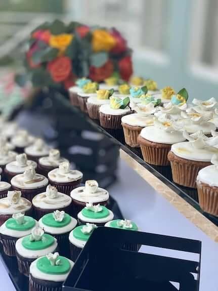 cupcake tasting for a Sandals Destination wedding