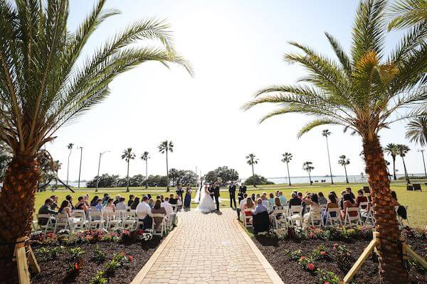 Outdoor wedding ceremony on the front lawn of Dunedin's iconic Fenway hotel